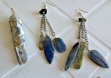 Kyanite pendant & earrings