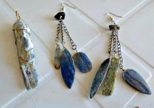 Kyanite pendant & earrings